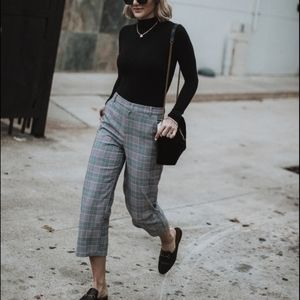 TRUE NYC Tartan Pleated Front Cropped Grey Pants S